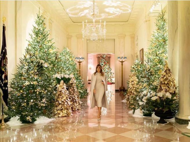 Melania trump svela le lussuose decorazioni di natale for Corriere della casa