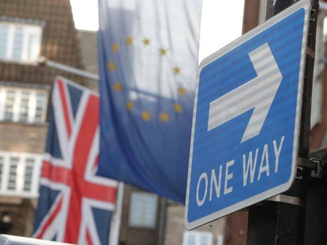 Brexit, news sull'immigrazione: per il permesso di ...