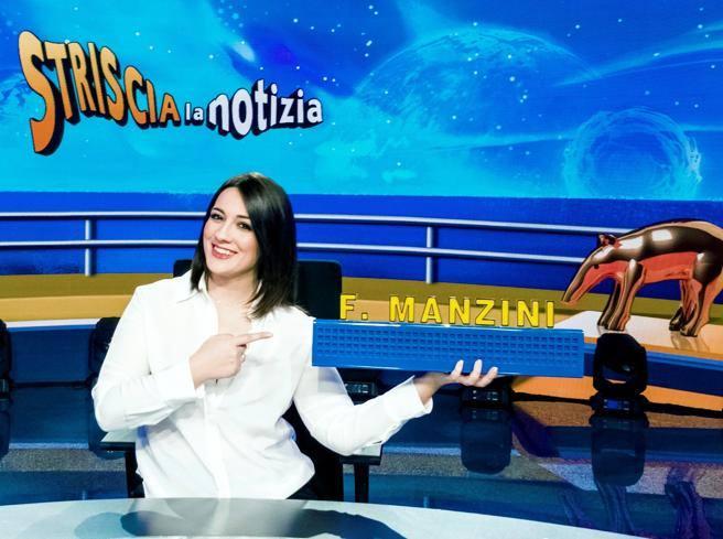Francesca Manzini nuovo volto di «Striscia la notizia»: «A 7 anni pensavo di essere Alba Parietti»