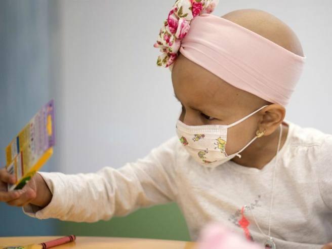 Un algoritmo per combattere i tumori nei bambini: aiuta a scegliere le cure in base alle mutazioni genetiche