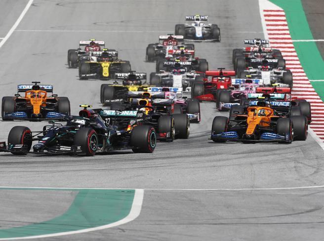 Gp d'Austria, Mercedes e Red Bull hanno guai di affidabilità? La Ferrari può recuperare? Quello che è rimasto da capire