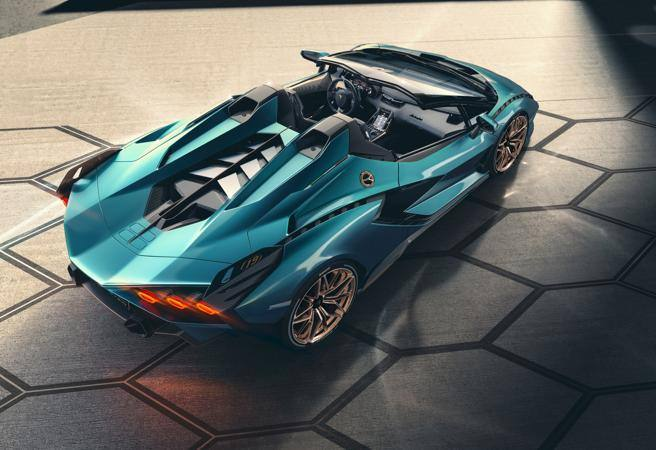 Lamborghini Sian Roadster: le foto