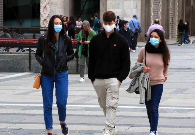 Nuovo Dpcm, multe da 400 a 1.000 euro per chi è senza mascherina