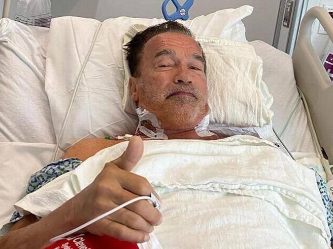 Schwarzenegger, nuova operazione al cuore: «Mi sento benissimo, grazie a tutti»