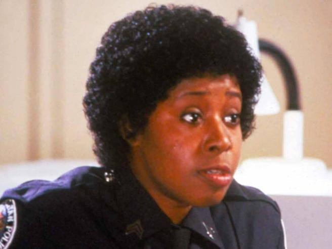 Marion Ramsey, morta l'«agente Hooks» del film «Scuola di polizia»