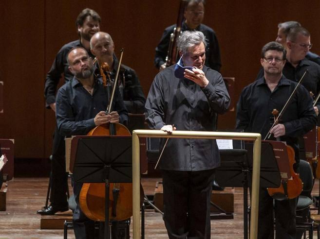 Antonio Pappano: «Nella pandemia dirigo gratis per salvare la musica»
