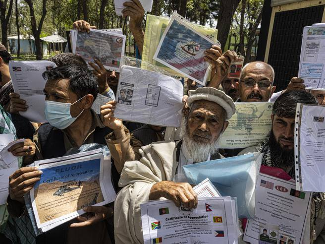 I talebani conquistano Jalalabad, resta solo Kabul. Iniziata l?evacuazione dell?ambasciata Usa
