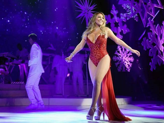 Mariah Carey Canzone Di Natale.Perche Amiamo Mariah Carey E La Sua Canzone Simbolo Del