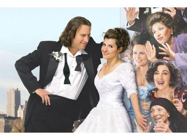 """A 17 anni da """"Il mio grosso e grasso matrimonio greco"""", ecco 10 cose che non sapete del film campione d'incassi"""