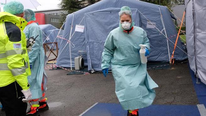 Lombardia, il picco di 8000 contagi da evitare entro il 22 marzo
