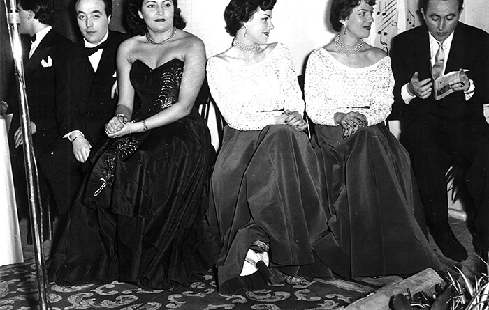 1952 - Da sinistra: Achille Togliani, Gino Latilla, Nilla Pizzi, Il duo Fasano e Oscar Carboni